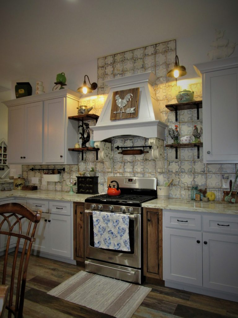 mixing stained and painted cabinets